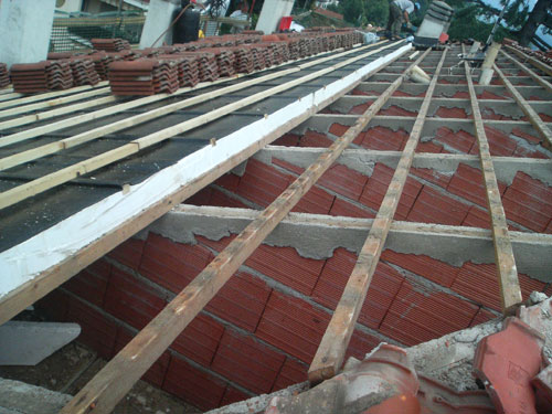 Muricci verticali sostegno ristrutturazione Induno - Va-